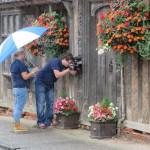 In de regen Lavenham filmen, ook al lijkt dit wel anders ;-)